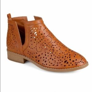 Journee Payton Ankle Boot - Never worn